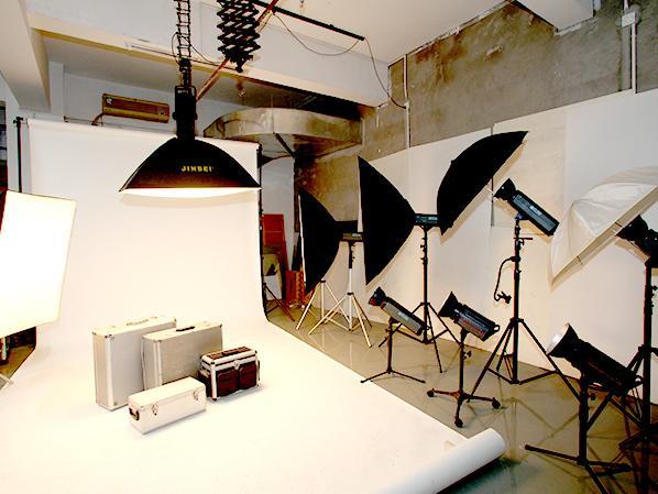在深圳方寸设计公司设计画册所有摄影一律免费